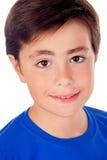 Śmieszny dziecko z dziesięć lat i błękitną koszulką Zdjęcie Royalty Free