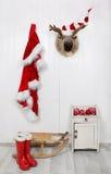 Śmieszny klasyczny Santa bożych narodzeń dekoraci tło w czerwieni i Zdjęcie Royalty Free