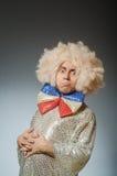 Śmieszny mężczyzna z afro peruką Zdjęcie Stock