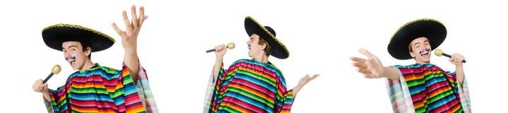 Śmieszny młody meksykanin śpiewa odosobnionego na bielu zdjęcia stock