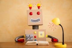 Śmieszny zabawkarski robot ilustracji
