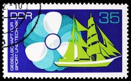 Śmigło, żagla stażowy statek, skojarzenie dla sporta i technologii seria około 1972, obraz royalty free