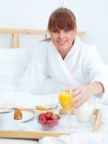 śniadanie do łóżka fotografia royalty free