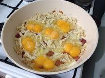śniadanie rozdrapani jajka Zdjęcie Royalty Free