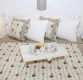 Śniadanie w łóżku! Obraz Royalty Free