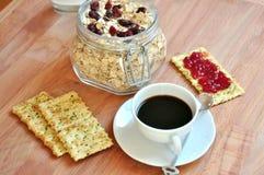Śniadanie z cranberries i kawą Obrazy Stock