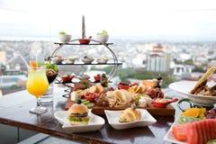 Śniadanio-lunch promocja przy restauracją Fotografia Stock