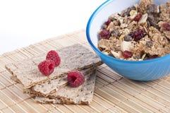 śniadaniowego zboża crispbread malinki Fotografia Stock