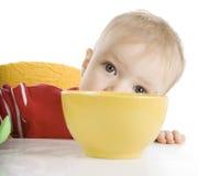 śniadaniowy chłopiec łasowanie obraz royalty free