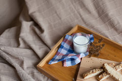 Śniadaniowy składać się z chleb i mleko Obrazy Stock