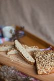 Śniadaniowy składać się z chleb i mleko Fotografia Royalty Free