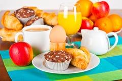 śniadaniowy stół Obrazy Royalty Free