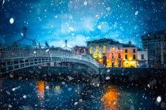 Śnieżna Dublin noc obraz royalty free