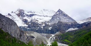 Śnieżna góra Daocheng Obrazy Royalty Free