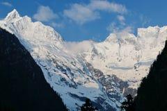 Śnieżna górska wioska, Qubeng wioska, Yunnan, Chiny Zdjęcia Royalty Free