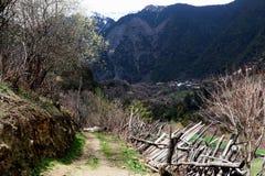 Śnieżna górska wioska, Qubeng wioska, Yunnan, Chiny Zdjęcia Stock