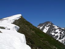 Śnieżna grań w górach Zdjęcie Royalty Free