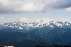 Śnieżne góry zdjęcia stock