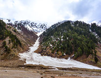 Śnieżne góry w Naran dolinie, Pakistan Zdjęcie Stock