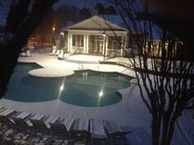 Śnieżnej zimy Pływacki basen Zdjęcia Royalty Free