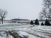 Śnieżny dzień na gospodarstwie rolnym obrazy royalty free