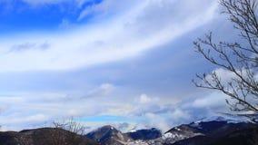 Śnieżny krajobraz w Pyrenees filmował w podróżować, Francja zbiory wideo