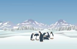 Śnieżny krajobraz z pingwinami Zdjęcia Royalty Free