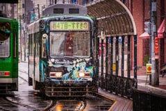 Śnieżny Miku tramwaj w Sapporo zdjęcia royalty free