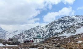 Śnieżny moutain w północnym Sikkim, India fotografia royalty free