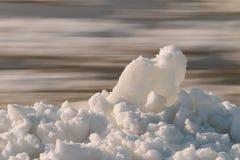 Śnieżny riverbank obraz stock