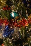 Śnieżny tło z plamy bokeh dekorujący Chritmas drzewo Zdjęcie Stock