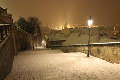 Śnieżny wieczór w zimie Praga, republika czech Zdjęcia Royalty Free