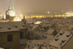 Śnieżny wieczór w zimie Praga, republika czech Zdjęcie Royalty Free