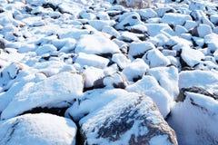 Śnieżyste skały zdjęcie stock