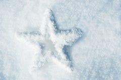 Śnieg gwiazda w śniegu fotografia stock