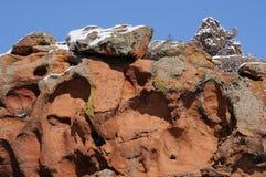 Śnieg i erozja na skałach Zdjęcia Royalty Free