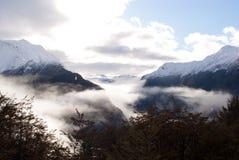Śnieg zakrywać góry przy Routeburn śladem Obraz Royalty Free