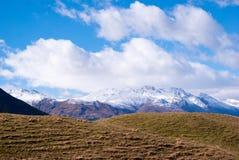 Śnieg zakrywać góry przy Routeburn śladem Zdjęcie Stock