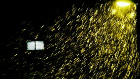 Śniegu dryf pod lampą, okno, cząsteczki sztuka zbiory wideo