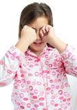 Śpiąca dziewczyna target591_0_ piżamy odizolowywać na biel Fotografia Royalty Free