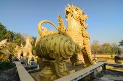 Śpiewa brzęczenie statui antycznego przedmiot w Tajlandia Obraz Royalty Free