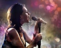 Śpiewacka dziewczyna Fotografia Stock