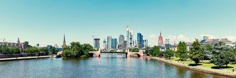 Śródmieście Frankfurt główny miasto jako panorama - Am - obraz royalty free