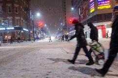 Śródmieście podczas opadu śniegu w Toronto zdjęcie stock