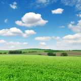 śródpolny błękit niebo Zdjęcia Royalty Free