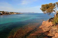 Śródziemnomorska wybrzeże linia, St Aygulf od Les Issambres obraz stock