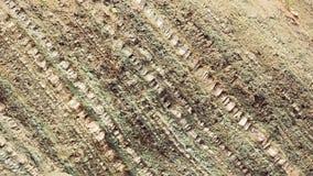 Średni szeroki, zakończenia pustyni błękit biały niebo strzelanina z samochodu wypełnia wierzchołek rama zbiory wideo