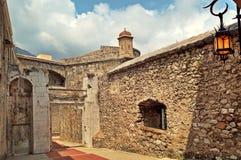 Średniowieczna fortyfikacja w Monaco. Fotografia Stock