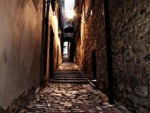 Średniowieczna ulica przy nocą Obraz Stock