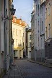średniowieczne ulicy stary miasteczko, wąskie ulicy, granitowy bruk Zdjęcie Stock